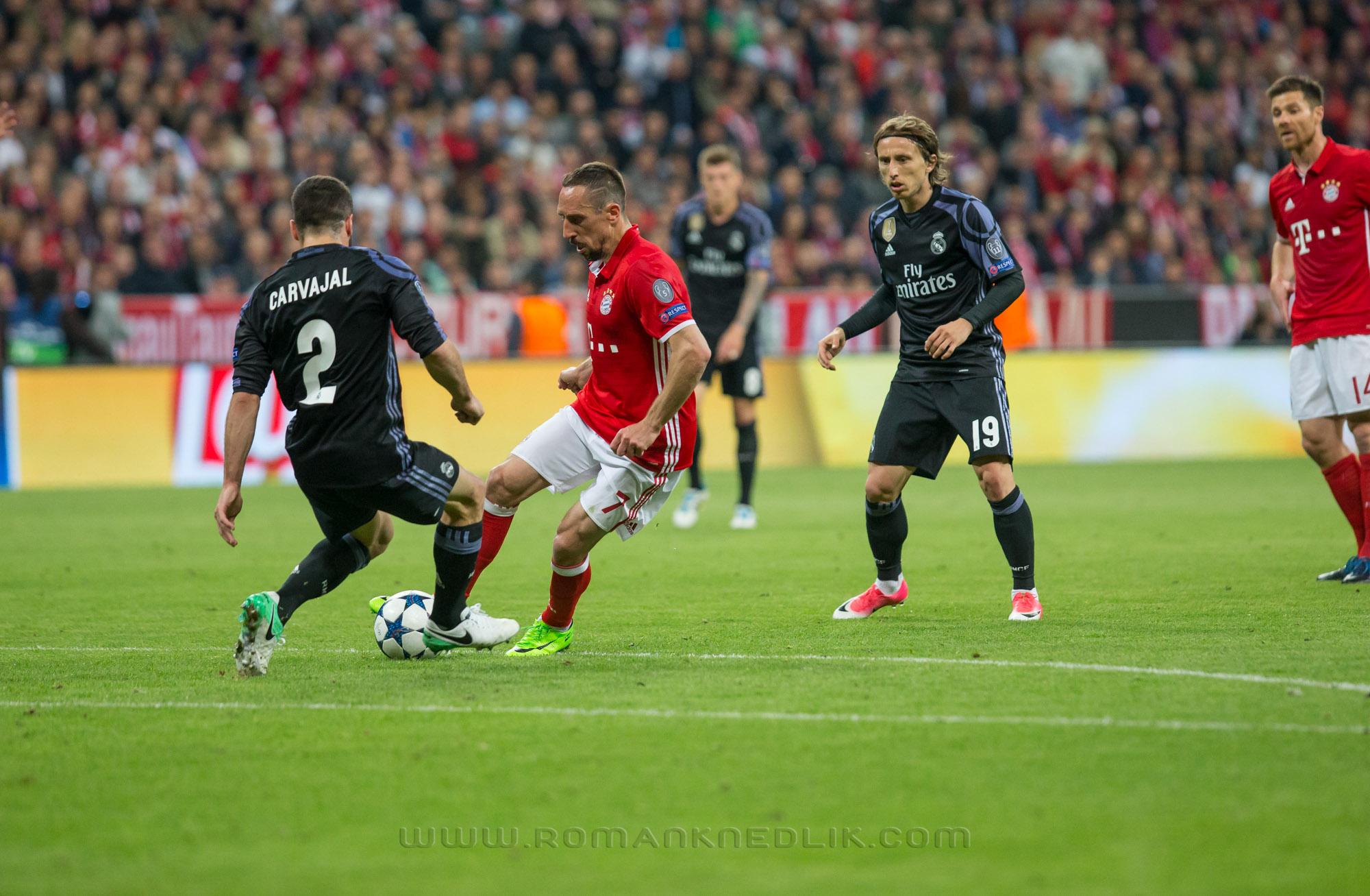 Bayern_Real_LM_12042017-19
